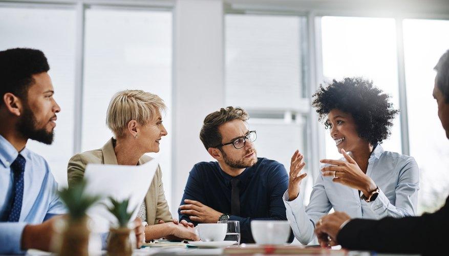 Advantages & Disadvantages of Effective Communication