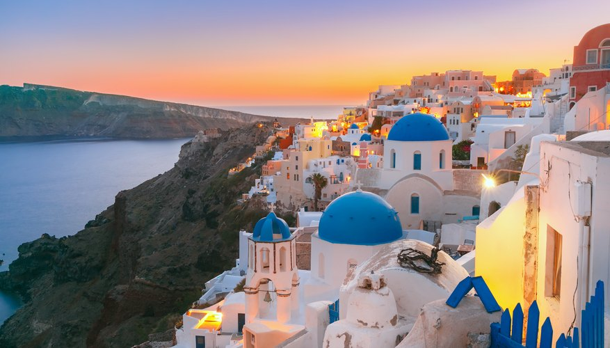 Best Time to View Sunsets in Greece