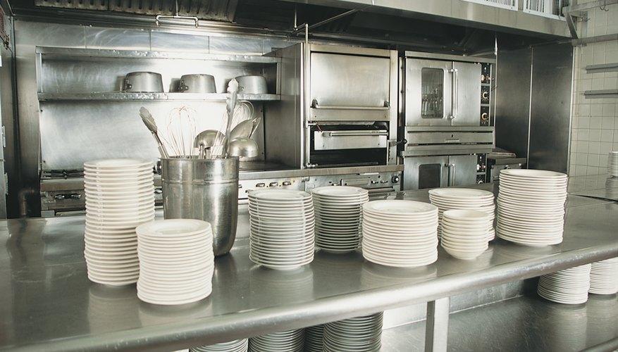 Lista de equipamiento necesario para la cocina de un for Menaje de cocina para restaurante
