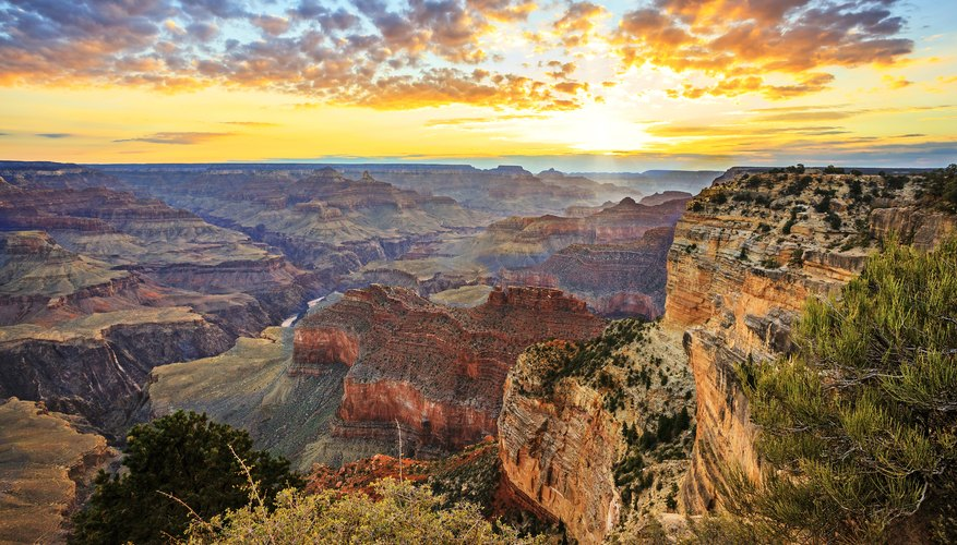 Best Time to View Sunsets at the Grand Canyon