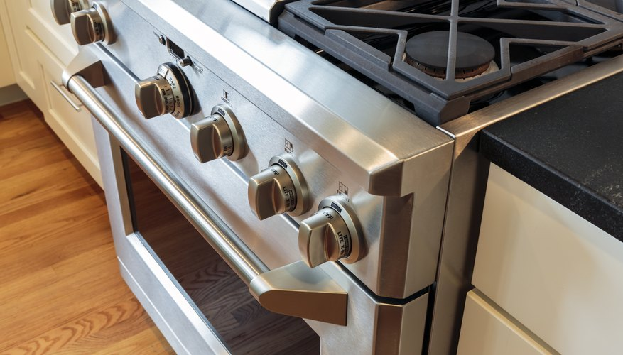 Advantages & Disadvantages of Stainless Steel Appliances