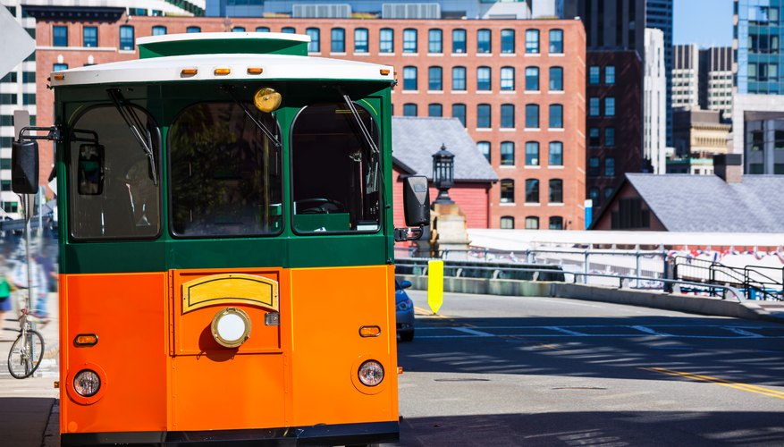 A Guide to Hop-On-Hop-Off in Boston