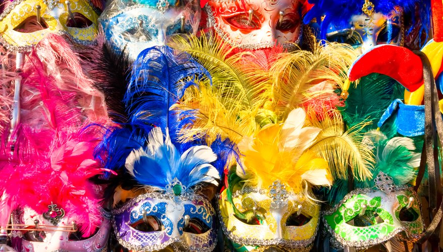 What to Wear for Mardi Gras