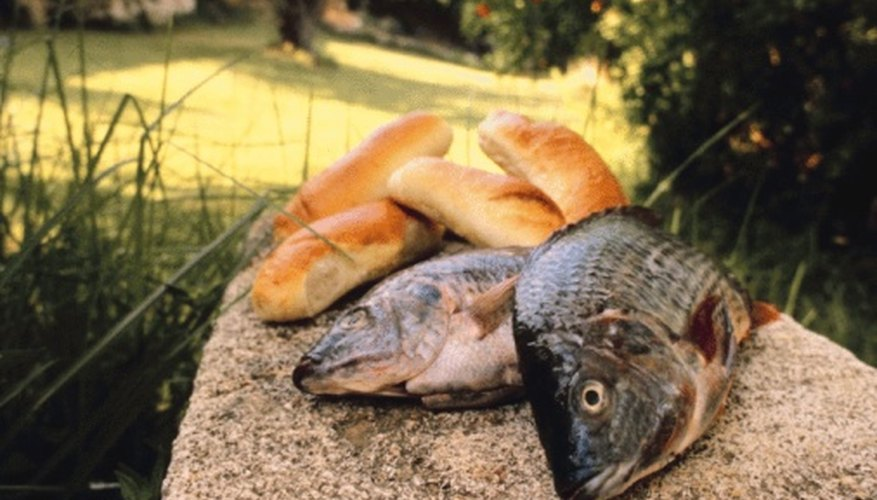Make crafts to remind kids how Jesus fed 5,000 people with only two fish and five loaves.
