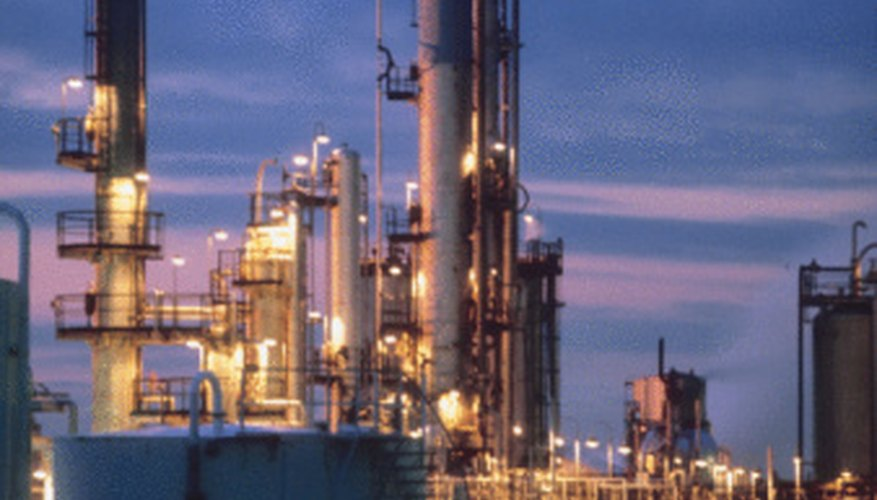 Meeting members discuss project safety management regulations concerning refinery safety.