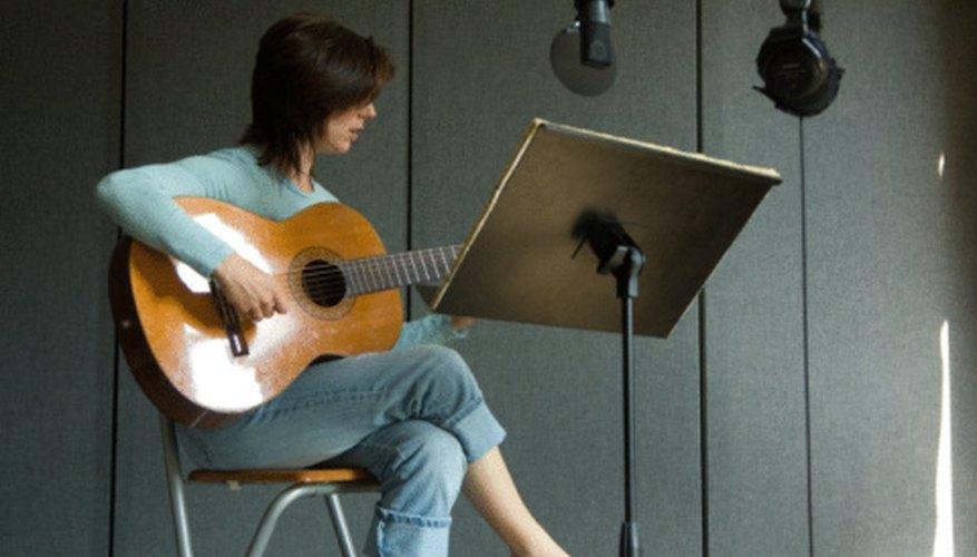 Necesitas equipo de grabación para crear y grabar tu jingle.