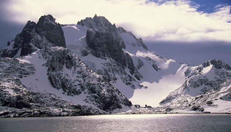 Antarctica has many glacial and subglacial mountains.