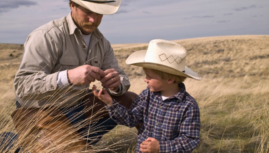 The Old West is full of inspirations for fun craft ideas.