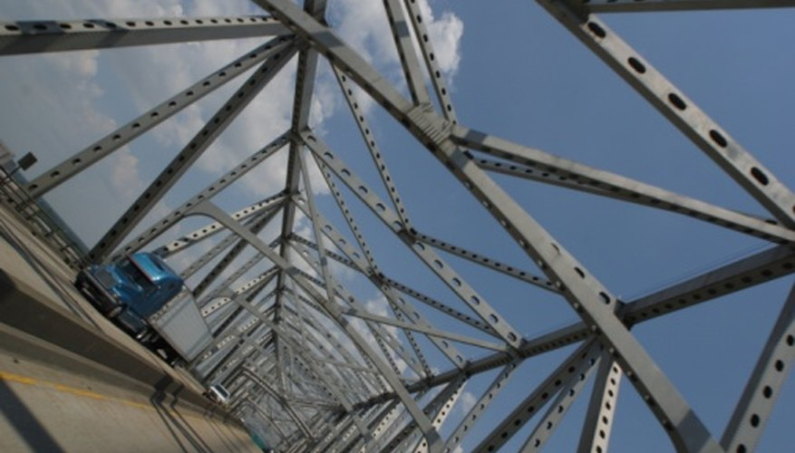 La calidad del acero estructural es categorizado y monitoreado por la ASTM.