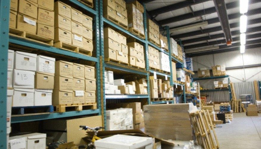 El inventario obsoleto ocupa espacio valioso en un depósito y perjudica al estado de resultados.