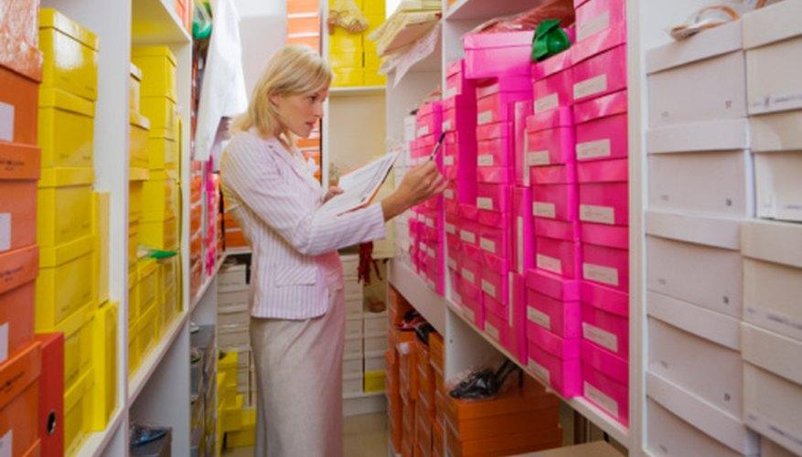 Un modelo de inventario de único periodo requiere que un gestor de negocio evalúe la demanda potencial y el pedido de forma acorde.