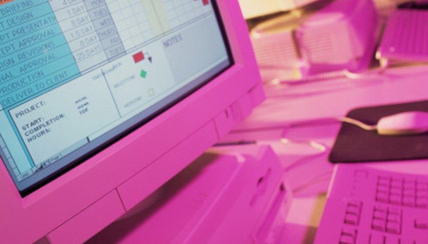 Puedes utilizar una planilla de cálculos para mantener el registro de los movimientos de compras y pagos de tu tarjeta de crédito.