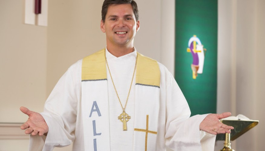 The Easter vestments are gold and white.