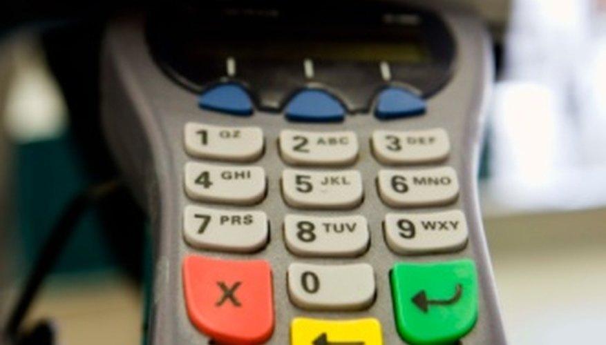 Usa la mayoría de las tarjetas de crédito Amazon en línea o en tiendas minoristas.