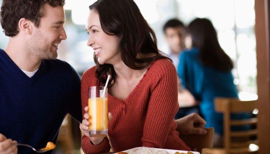 Los planes de mercadeo ayudan a los restaurantes para atraer nuevos clientes.