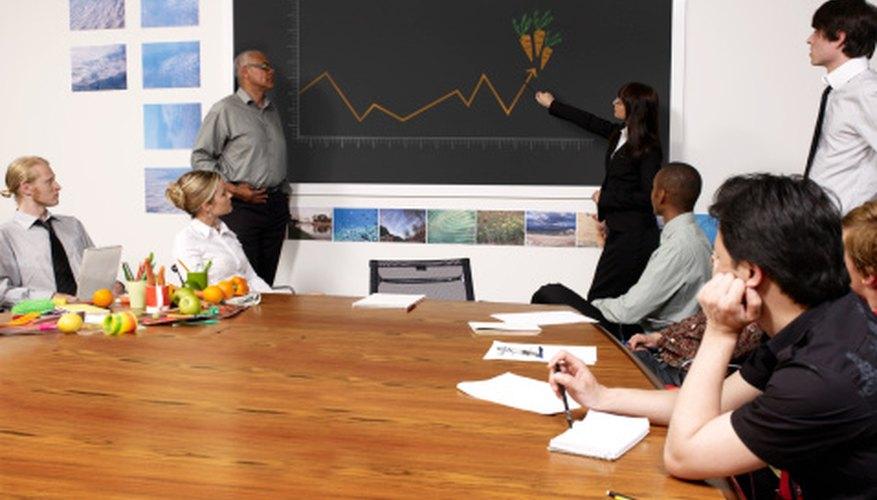 Las presentaciones en grupo interactivas pueden hacer que el asunto sea divertido para todo mundo, incluyendo a la audiencia.