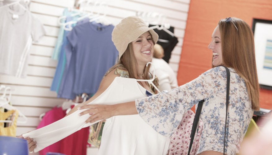 If your credit is bad, turn to your personal network to find a space for your retail business.