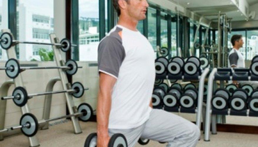 Los miembros de gimnasios necesitan instrucciones para desempeñar correctamente los ejercicios y prevenir lesiones.