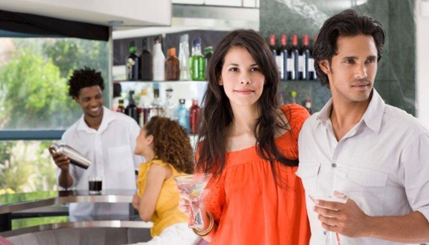 Las noches temáticas llenas de diversión pueden convertir a tu bar en aquel del cual todo el mundo habla.