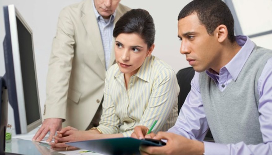 Some online background screening companies provide data on outstanding warrants.