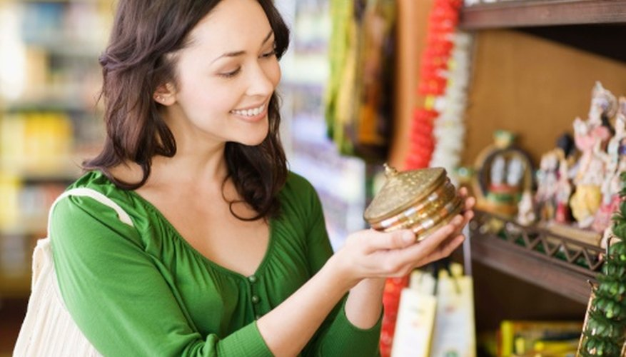 En todo el mundo US$ 474 mil millones se gastan anualmente en publicidad para tratar de motivar a los consumidores.