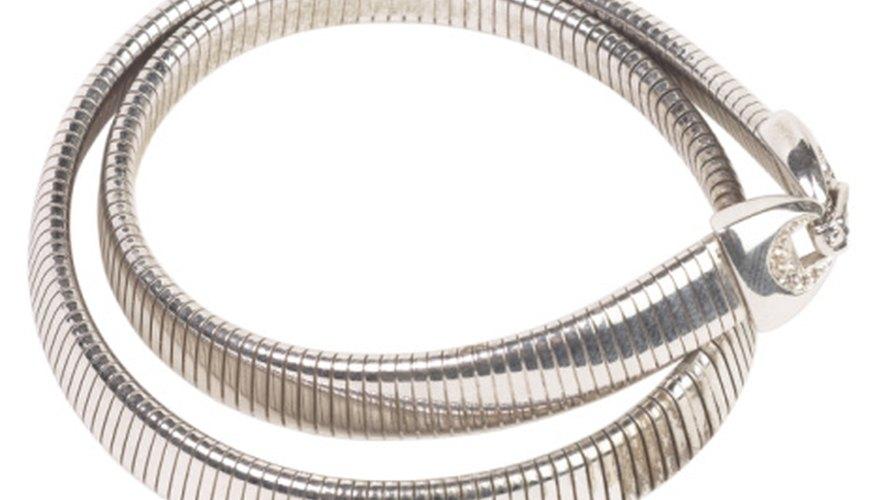 3a0492f6e234 → Tipos de cierres para cadenas de plata fina | Geniolandia