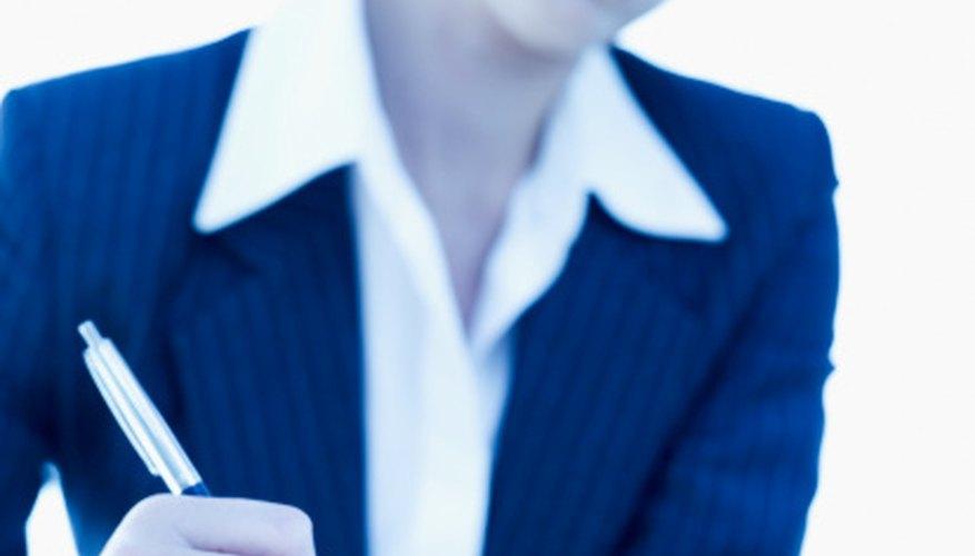 Los psicólogos industriales ayudan a las empresas mejorando la administración utilizando principios psicológicos,