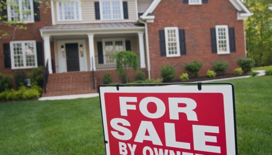 Homeowners may sell a house themselves to avoid paying real estate agent commissions.