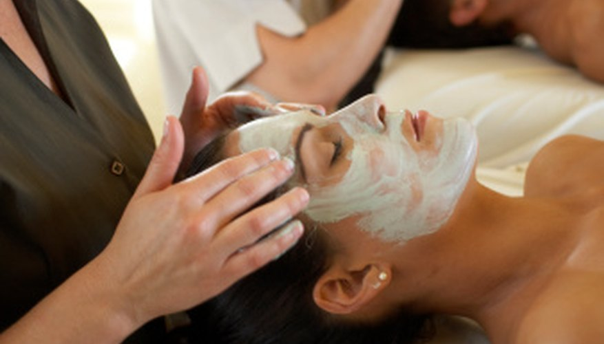 Approved esthetician programs include hands-on training.