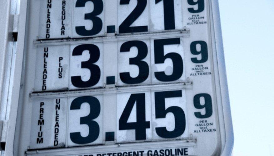 El precio de la gasolina es un ejemplo de la influencia del costo de los productos sobre el precio.