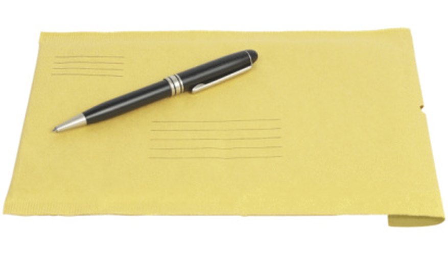 UPS offers complimentary envelopes for customers.