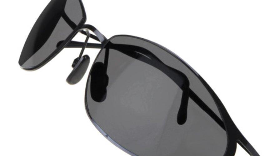 Las gafas de sol se venden bastante bien con una estrategia de publicidad adecuada.