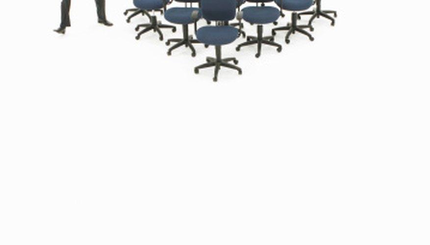 Una organización vertical cuenta con capas bien definidas de autoridad.