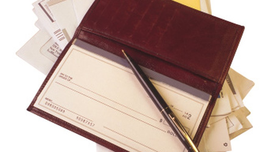 Algunos servicios pueden no aceptar pagos por internet o electrónicos, en cuyo caso, deberás enviar un cheque.