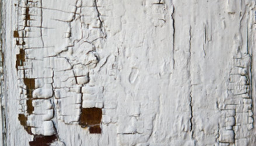 Crackled paint creates a rustic appearance that may not fit every decor style.