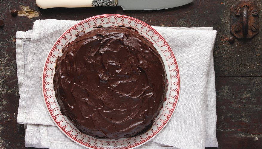 Simple Chocolate Frosting Recipe | Mom Life