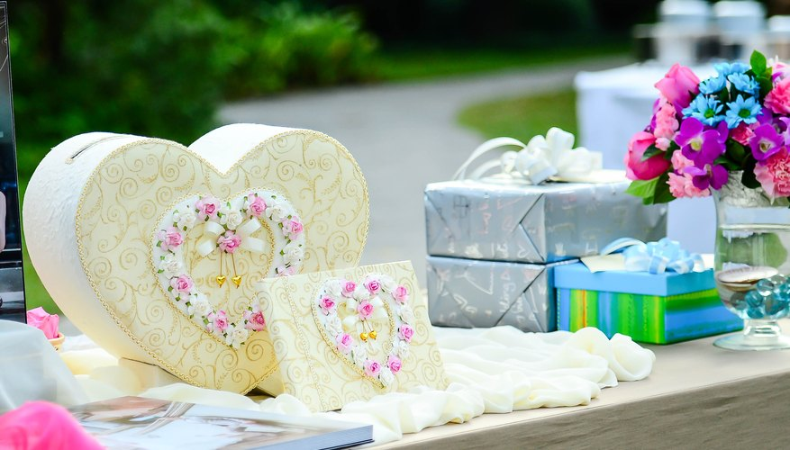 How Much To Give For A Wedding Gift
