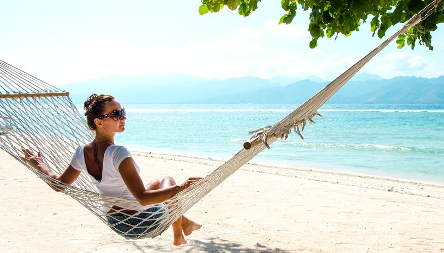 5 Ways to Make the Most of Vacations for Singles