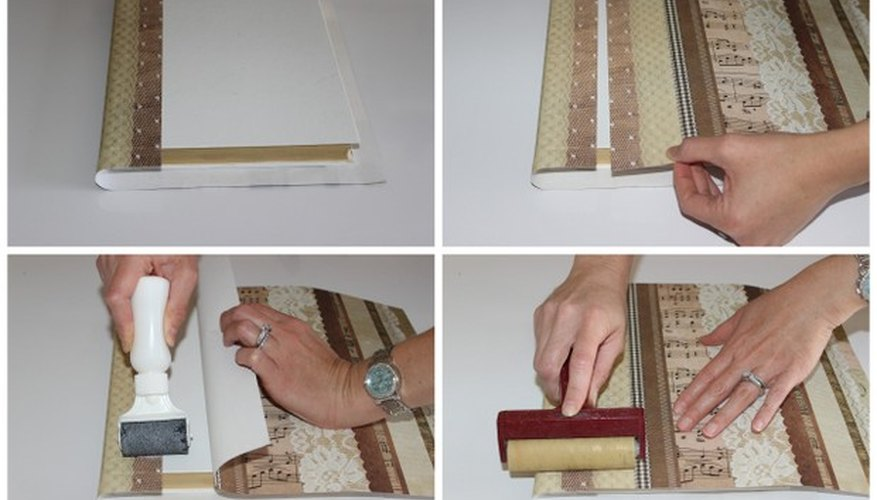 Asegúrate de tener la cantidad suficiente de papel del mismo diseño.