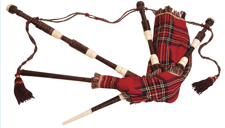 Play the Bagpipes
