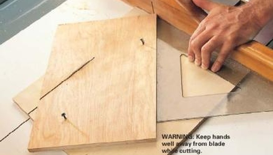 Setting the jig for a 45 degree angle