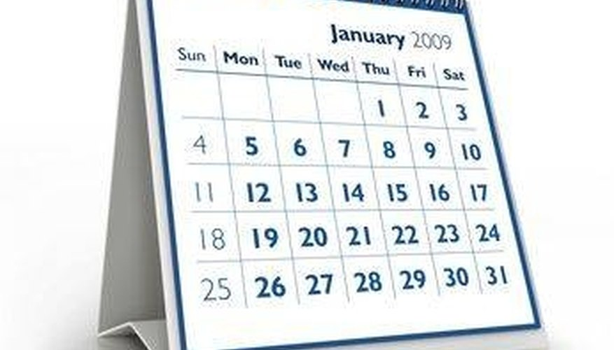 how to make your own 12 month calendar bizfluent