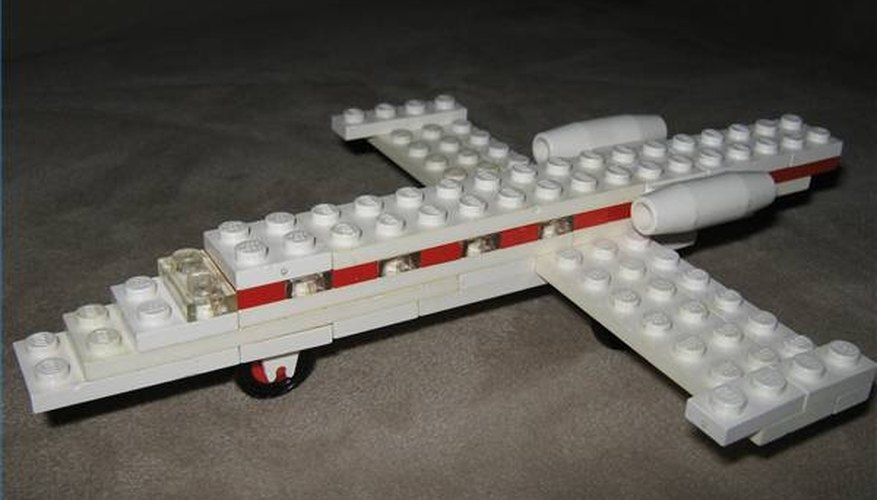 Top the Lego Airplane