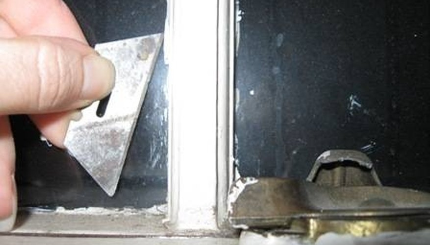 How to Get Caulking off of Glass | HomeSteady