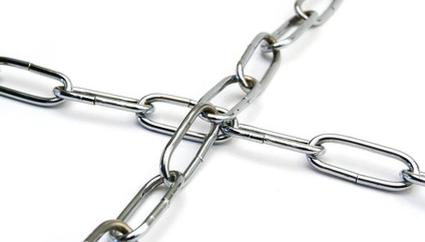 Seventeen-gauge chain is lightweight, but durable.