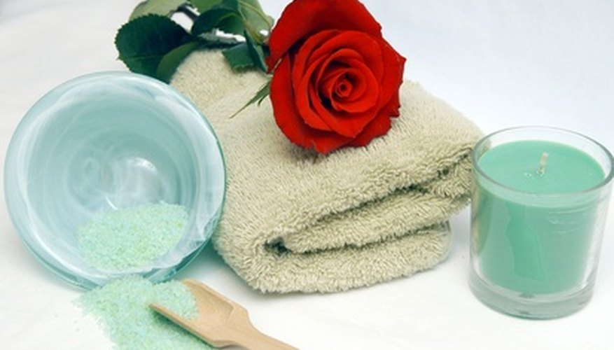 Create a minispa at home with shower steamers.