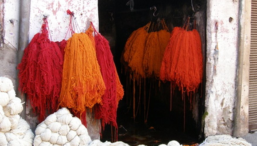 Acid dye require heat to color wool.