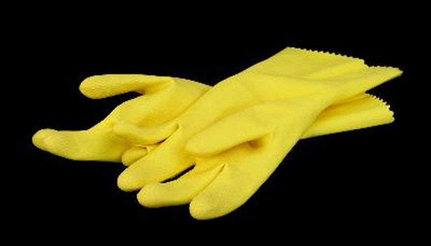 Household gloves can protect the hands from exposure when spraying.
