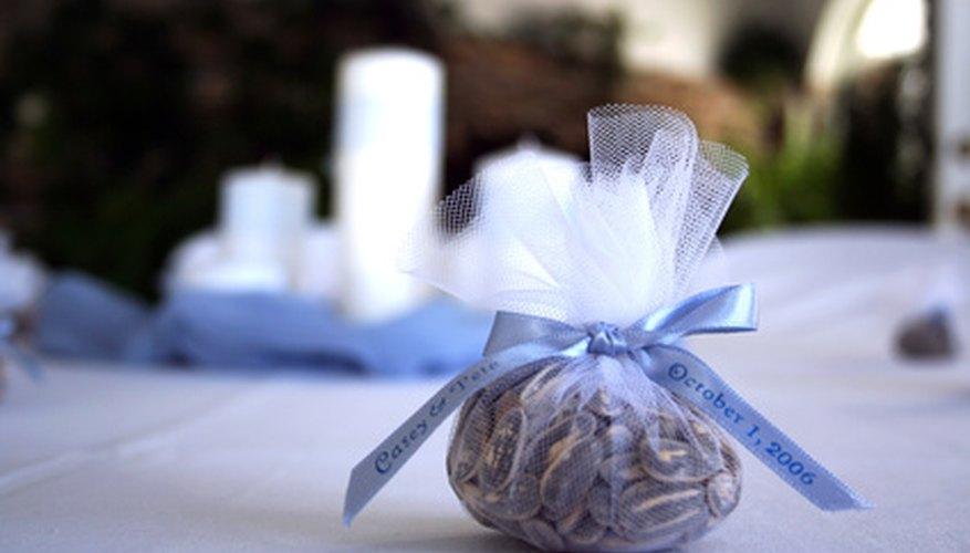 Personalize your wedding favors by creating your own tags.