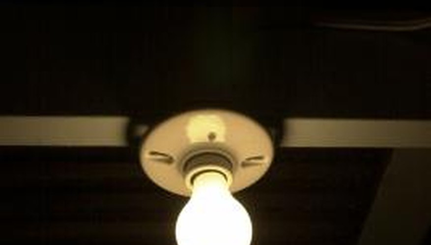 Keyless lamp sockets are available with plug-in cords.